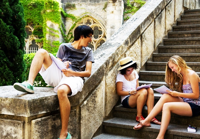 7 Top Benefits Of Study Abroad Programs | Oxbridge