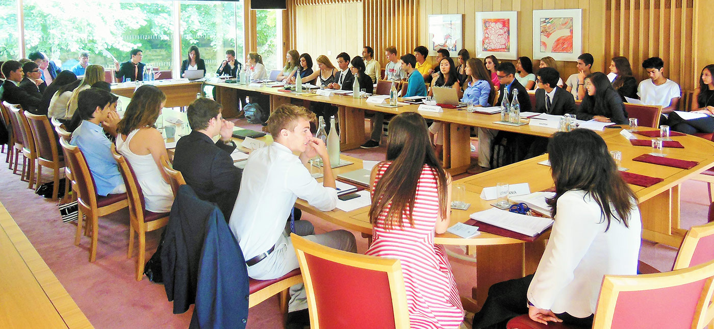 Oxbridge students at Model UN during our study abroad program